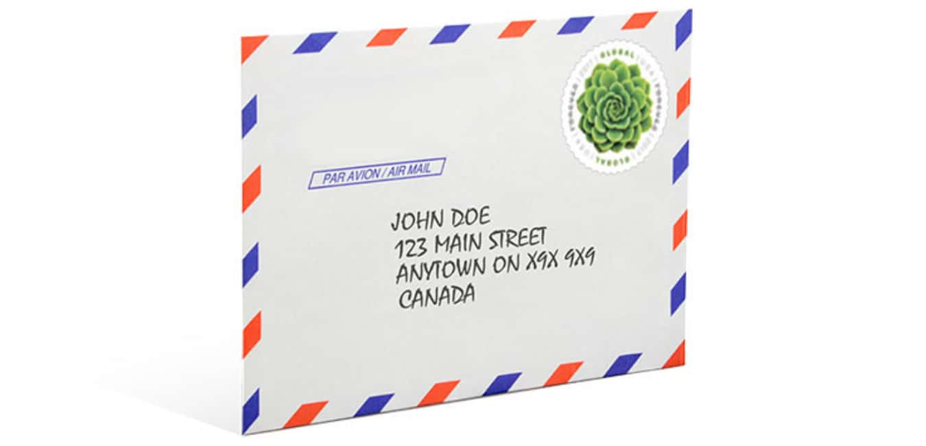 Postage to Send Large Envelopes to Canada